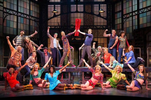 kinky_boots_broadway_71_email-800x533